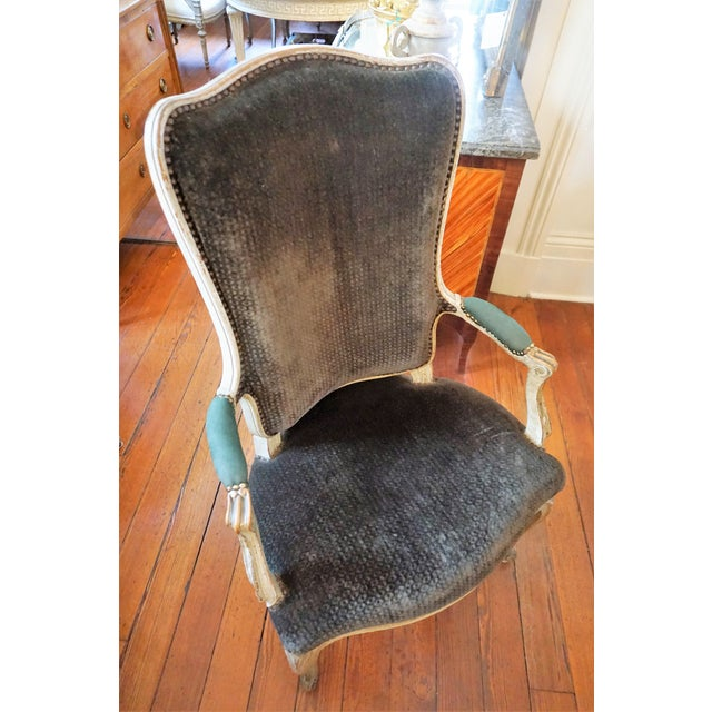 White Set of Six Dining Chairs For Sale - Image 8 of 10