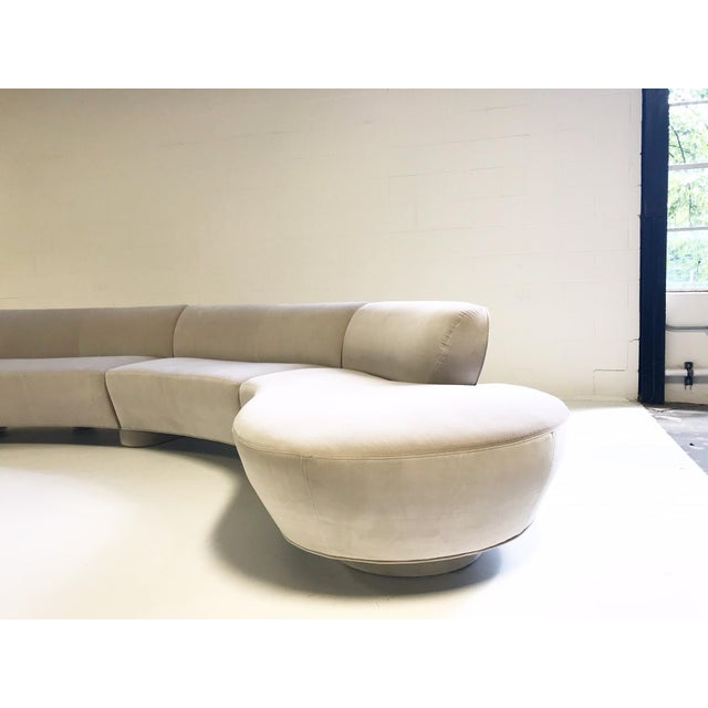 Vintage Vladimir Kagan 5-Piece Cloud Sectional Sofa Restored in Loro Piana Grey Velvet For Sale - Image 10 of 11