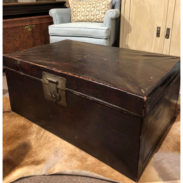 Asian 19th Century Chinese Leather Trunk For Sale - Image 3 of 13