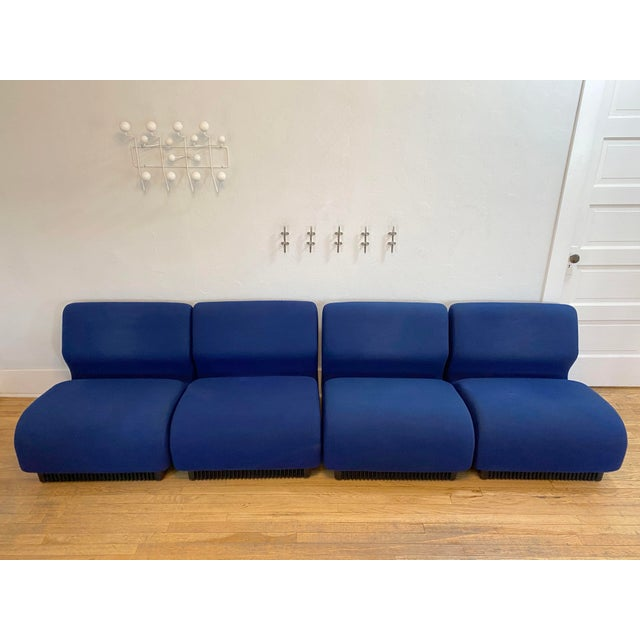 When I was in architecture school there was a set of these Don Chadwick for Herman Miller Modules in the school's atrium...