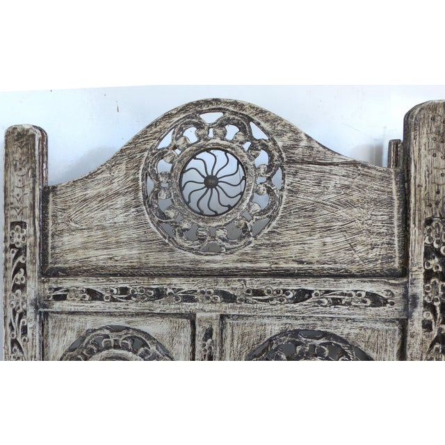 Gray 4-Panel Carved Screen with Iron - Image 7 of 8