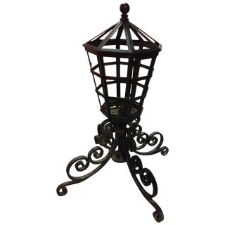 Pair of Pier Mount Iron Lights Adorned With Scrolls on Four Legs, 20th Century For Sale