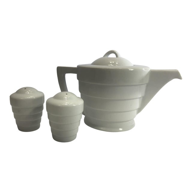 Krup's Frank Lloyd Wright Guggenheim Collection Teapot and Salt and Pepper Shakers - Set of 3 For Sale