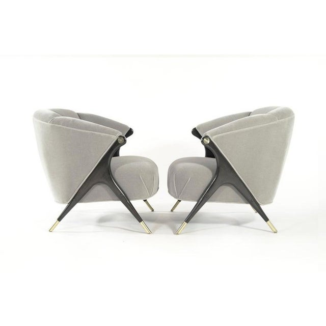 Karpen of California Karpen Modernist Lounge Chairs in Taupe Mohair, 1950s - a Pair For Sale - Image 4 of 8
