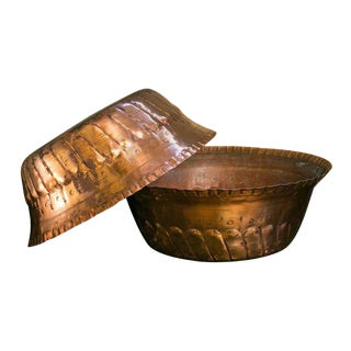 Large Hand-Crafted Copper Bowls from Morocco, circa 1900 For Sale