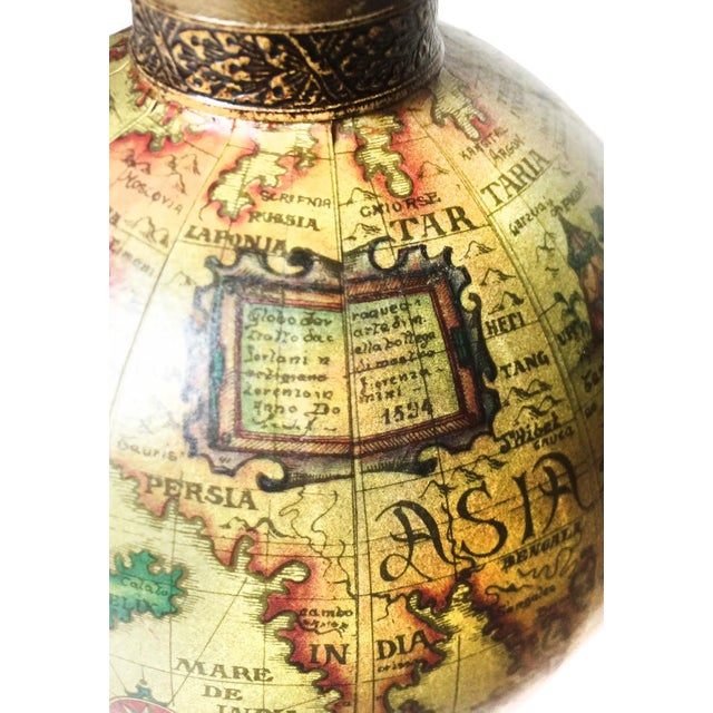 Vintage Mid Century World Globe Map Glass Decanter - Image 4 of 4