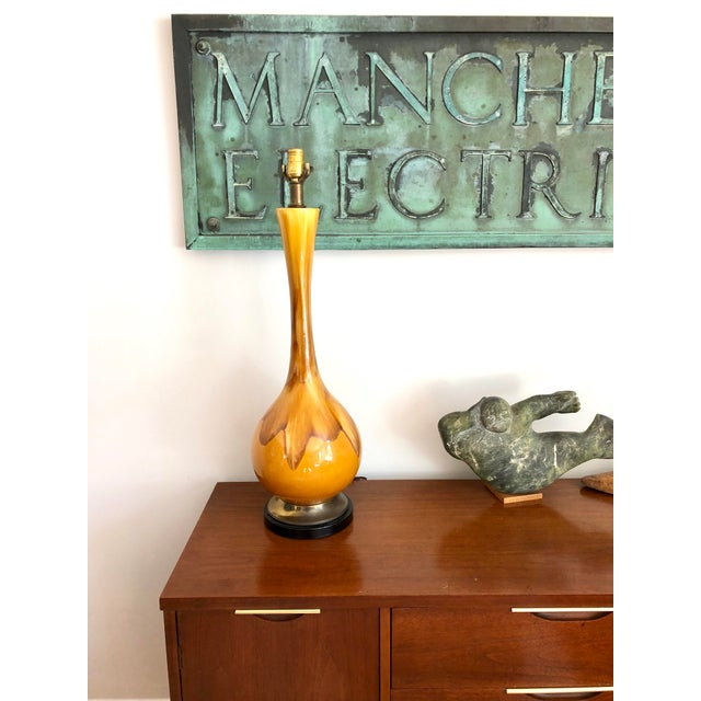 Mid-Century Modern Ceramic Drip Glaze Table Lamp For Sale In New York - Image 6 of 10