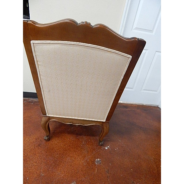 A Pair of Baker Furniture French Style Carved Arm Chairs - Image 4 of 7