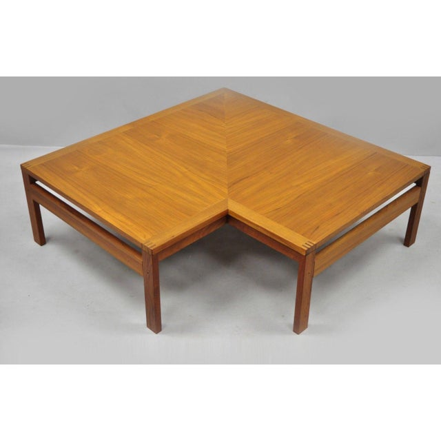 1960s Mid-Century Modern Ole Gjerlov-Knudsen & Torben Lind Moduline France & Son Corner Teak Coffee Table For Sale - Image 13 of 13