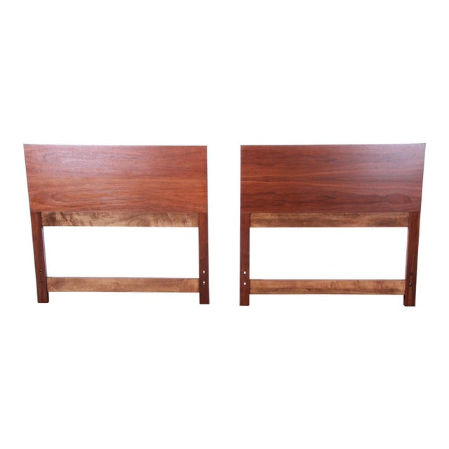 Brown Paul McCobb for Calvin Mid-Century Modern Walnut Twin Headboards - a Pair For Sale - Image 8 of 8
