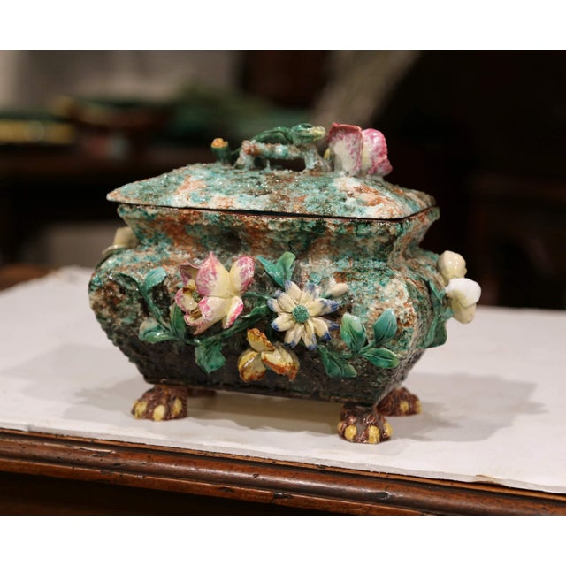 Mid 19th Century 19th Century French Painted Ceramic Barbotine Decorative Box With Floral Motif For Sale - Image 5 of 11