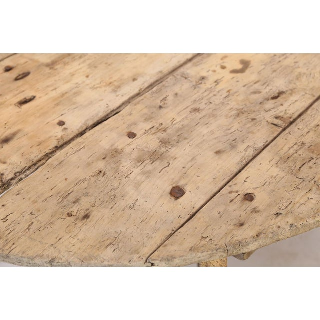 Unusually Large Early Vendange Table For Sale - Image 10 of 13