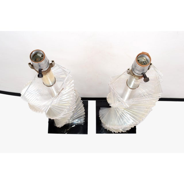 1970s Mid-Century Modern Stacked Clear Lucite Lamps Spiral Staircase Design - a Pair For Sale - Image 5 of 13
