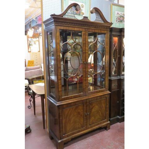 Henredon Antique Mahogany 2 Door China Cabinet For Sale - Image 9 of 9