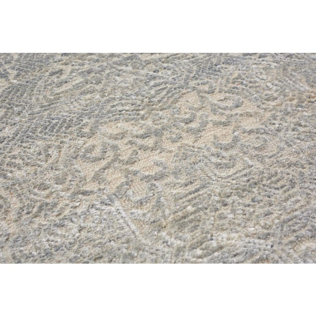 Schumacher Sakura Hand-Knotted Area Rug in Wool Silk, Patterson Flynn Martin For Sale In New York - Image 6 of 8