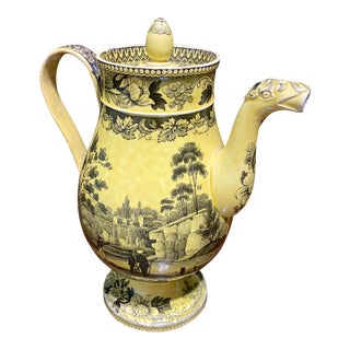 Early 19th Century French Creil Mustard Yellow Coffee Pot For Sale