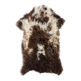 """Contemporary Natural Sheepskin Pelt - 1'7""""x2'9"""" For Sale"""