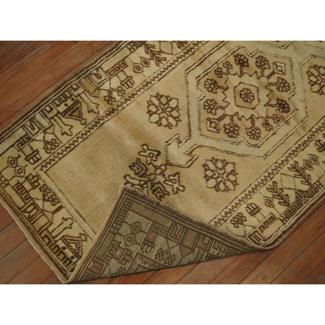 Creamy Yellow Vintage Turkish Runner, 2'5'' X 9'7'' For Sale - Image 4 of 7