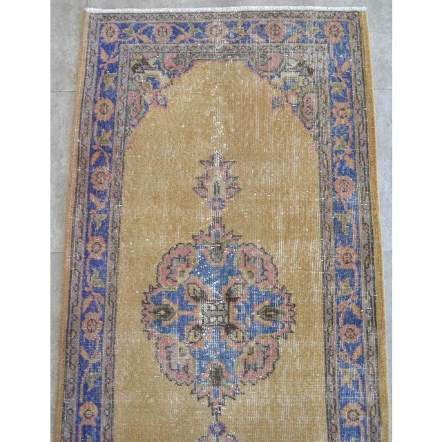 1960s Traditional Design Distressed Oushak Runner Rug Faded Colors Low Pile - 2'12″ X 10'10″ For Sale - Image 5 of 10
