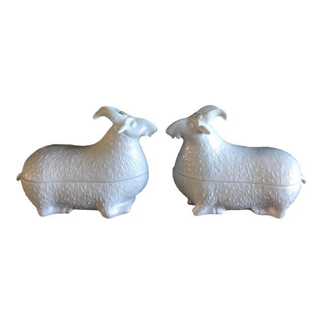 1970s Figurative Mottahedeh Design White Blanc De Chine Porcelain Ram/Goat Boxes - a Pair For Sale