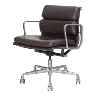 Eames Low Back Soft Pad Management Chairs in Leather by Charles & Ray Eames for Herman Miller For Sale