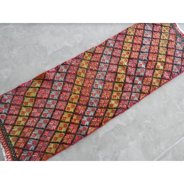 Boho Chic Masterwork Hand-Woven Rug Braided Small Kilim 1′6″ × 4′5″ For Sale - Image 3 of 7