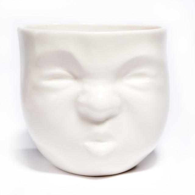 "White Ceramic ""Pouty"" Face Cup - Image 2 of 6"