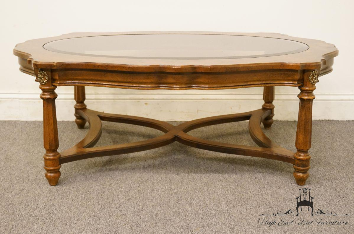 Attirant Late 20th Century Gordonu0027s Furniture Italian Provincial Burled Wood  Glass Topped Coffee Table For Sale