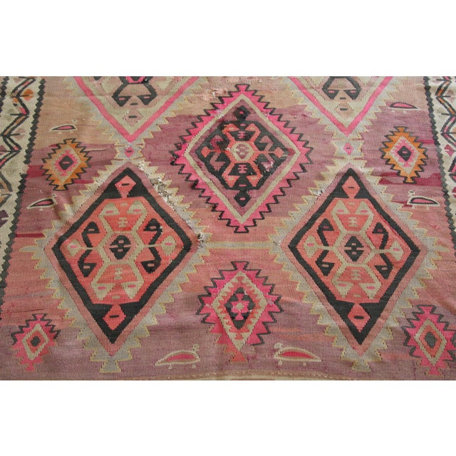 "Pink Kilim Flat Weave Rug- 5' x 9'4"" - Image 5 of 9"