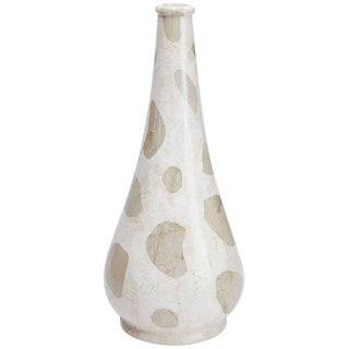 """Large Waterdrop Shaped """"Giraffe"""" Vase in White and Cantor Tessellated Stone For Sale"""