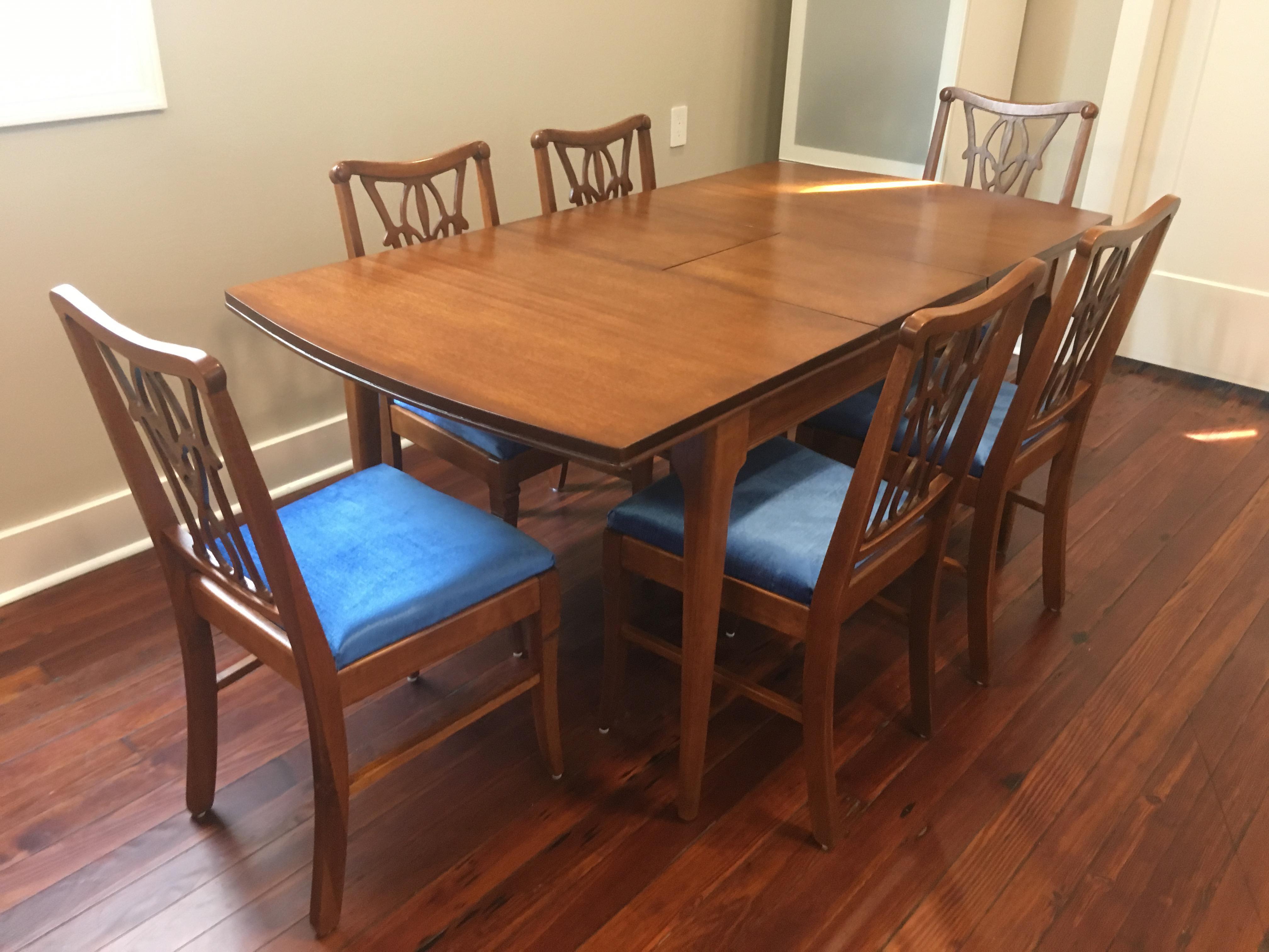1 Dining Table U0026 6 Fleur De Lis Chairs In Mahogany Set   Image