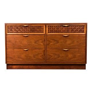 Lane Perception Mid-Century Modern 6-Drawer Dresser For Sale