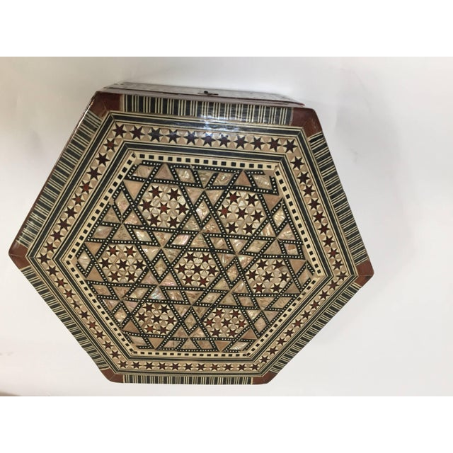 Middle Eastern Syrian Mother-Of-Pearl Inlaid Octagonal Box For Sale - Image 4 of 10