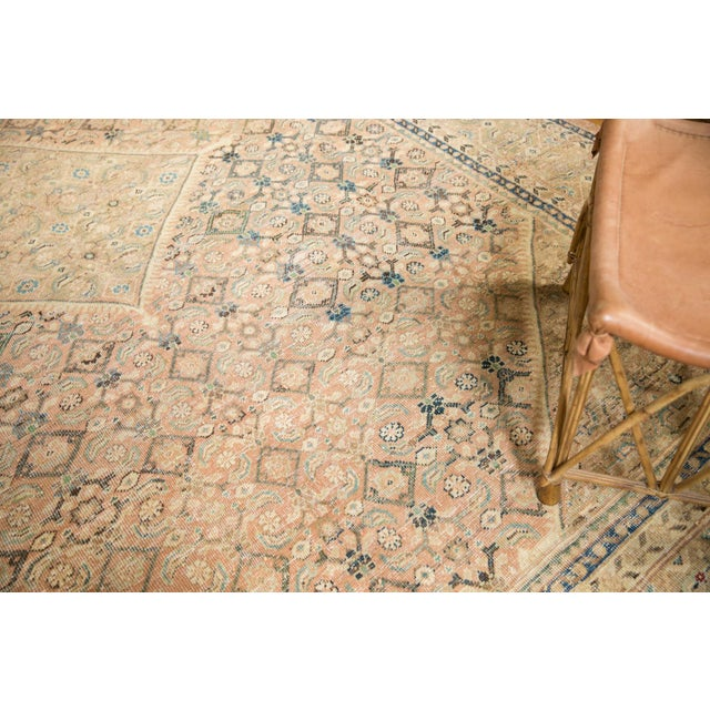 "Textile Vintage Distressed Mahal Carpet - 9'9"" X 12'8"" For Sale - Image 7 of 13"