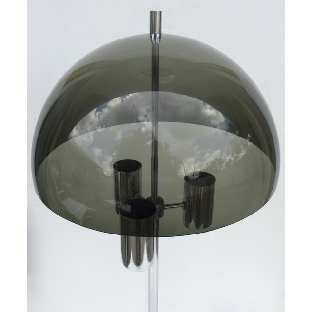 1960's Mid-Century Modernist Space Aged Smoked Lucite and Chrome Mushroom Table Lamp For Sale In West Palm - Image 6 of 13