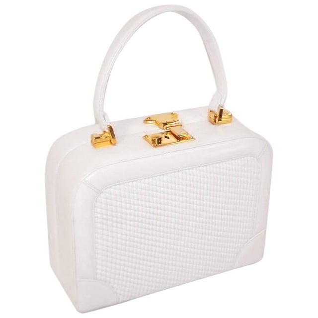 C.1990 Judith Leiber White Leather Box Handbag With Convertible Handles For Sale - Image 11 of 11