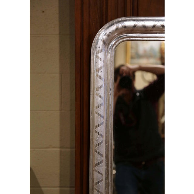 French 19th Century French Louis Philippe Silver Leaf Mirror With Geometric Motifs For Sale - Image 3 of 7