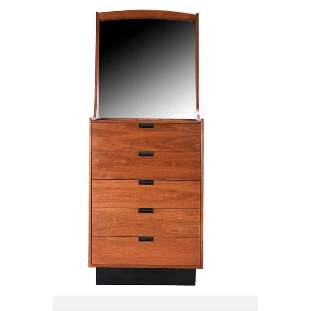 Brown Danish Modern Gentlemans Chest by Dillingham Dresser For Sale - Image 8 of 8