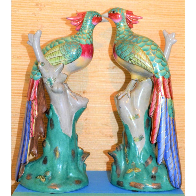 Chinese Export Porcelain Pheonix Bird Figurines - a Pair For Sale In Houston - Image 6 of 13