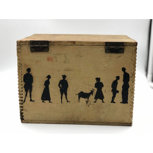 19th Century Silhouette Painted Wooden Box For Sale In Atlanta - Image 6 of 13