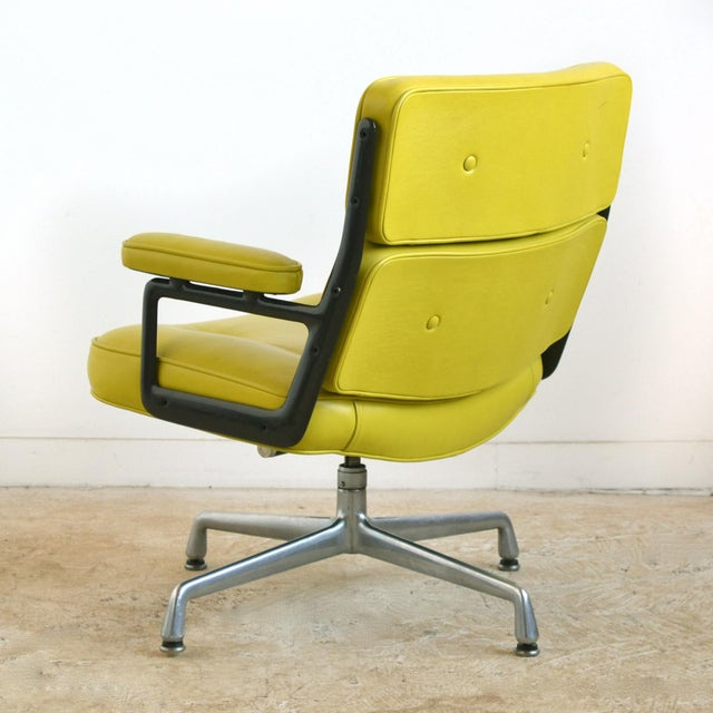 Eames Time-Life Chair with Green Leather by Herman Miller For Sale In Chicago - Image 6 of 10