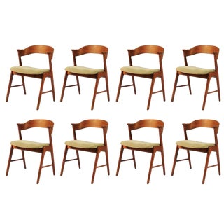 1960s Vintage Danish Teak Model 32 Dining Chairs - Set of 8 For Sale