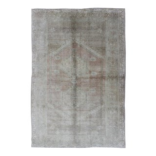 Faded Vintage Turkish Oushak Rug With Central Medallion in Gray and Berry For Sale