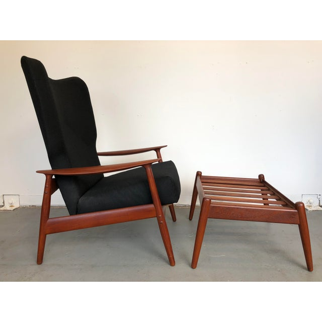 Danish Modern 1960s Danish Modern Reclining Lounge Chair and Ottoman - 2 Pieces For Sale - Image 3 of 13