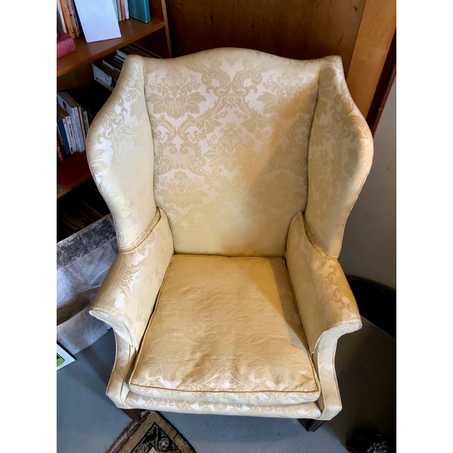 Hepplewhite 1960s Vintage High End American Hepplewhite Wing Back Chair For Sale - Image 3 of 9