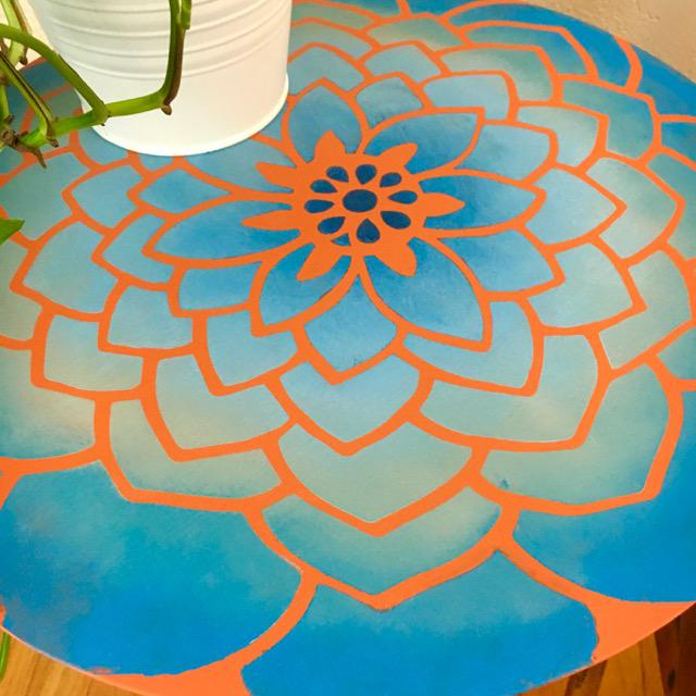 Mid 20th Century 20th Century Boho Chic Hand Painted Flower Side Table For Sale - Image 5 of 6
