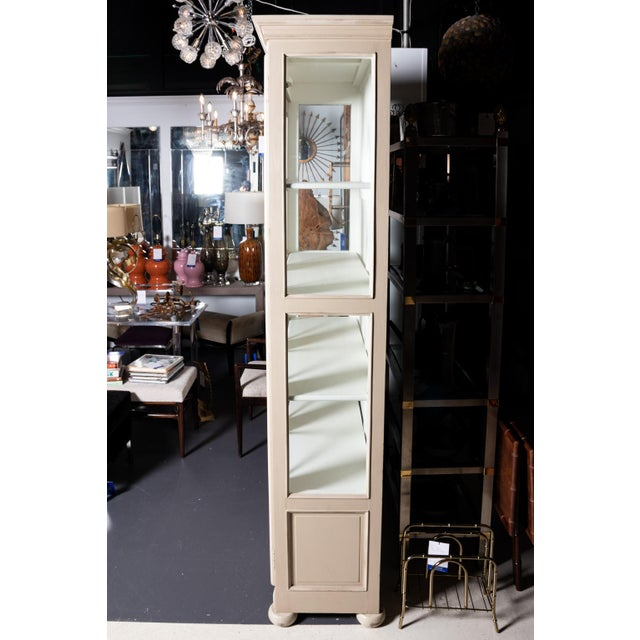 1980s American Classical Style Painted Cabinet For Sale - Image 10 of 11