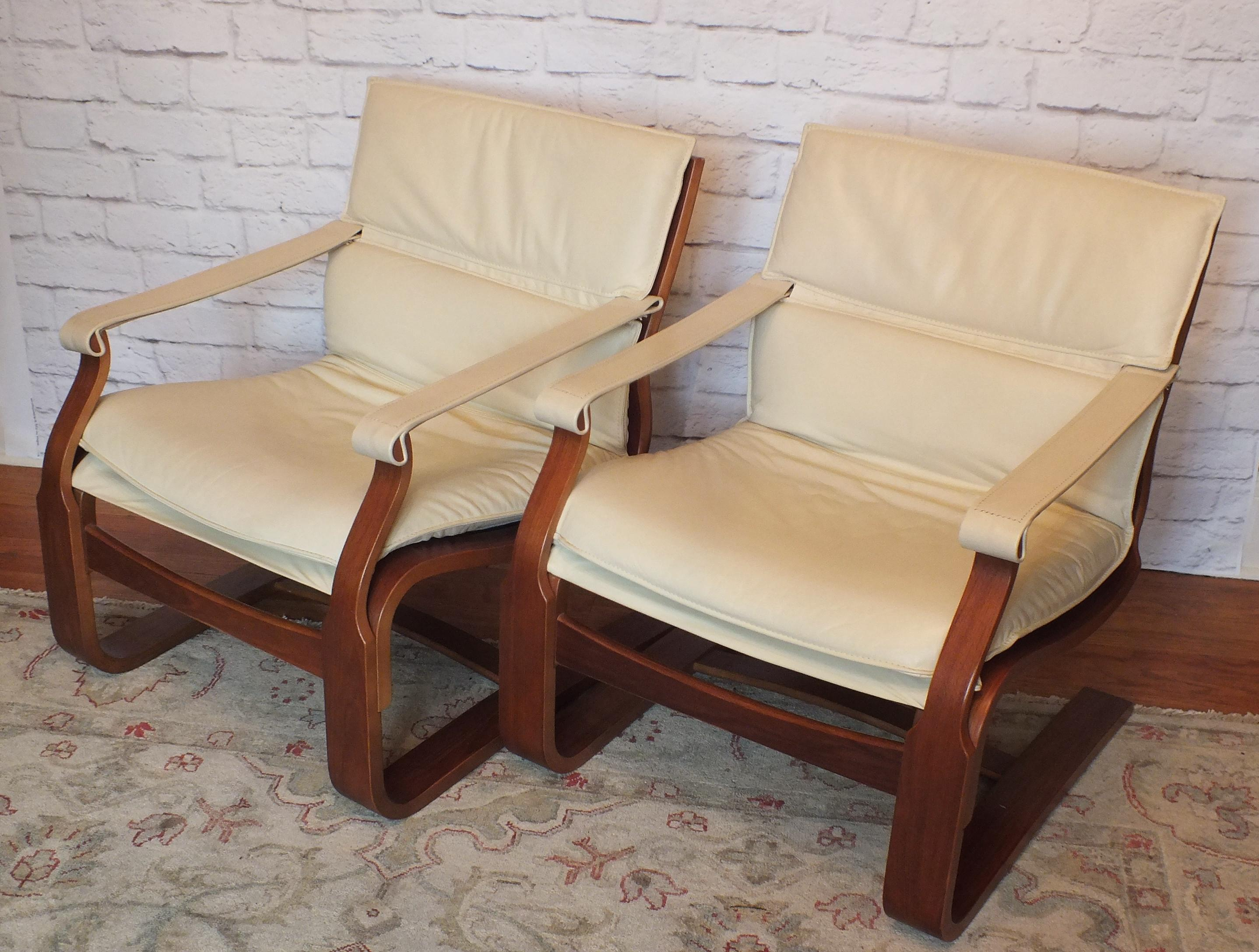 Fabulous Pair Of Mid Century 1970u0027s Lounge Style Chairs Designed By Ake  Fribytter For Nelo. Contemporary White Leather ...
