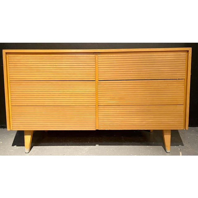 Six-Drawer Mid-Century Modern Commodes, Chests or Dresser - a Pair For Sale - Image 10 of 13