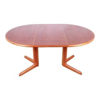 Gudme Møbelfabrik Danish Modern Sculpted Teak Extension Dining Table For Sale